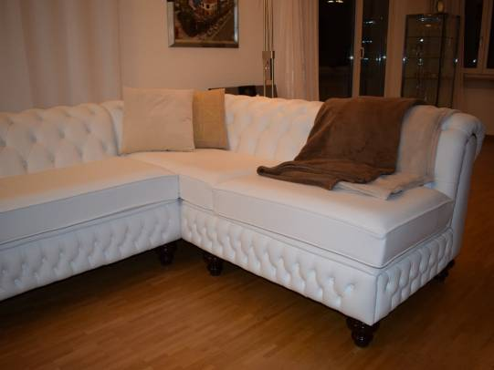Chesterfield Ecksofa in Birch White
