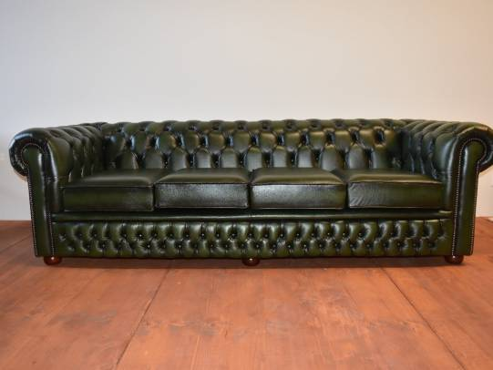 Chesterfield Classic 4er-Sofa in Antique Green