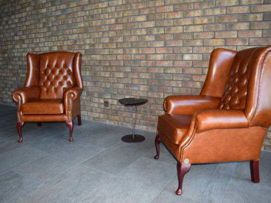 Chesterfield Sessel Darwin in Heritage Tan