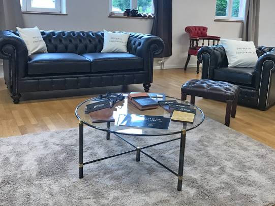 Chesterfield Sofas und Sessel Modell Raleigh