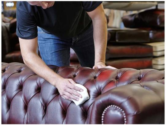 Chesterfield Sofa Produktion